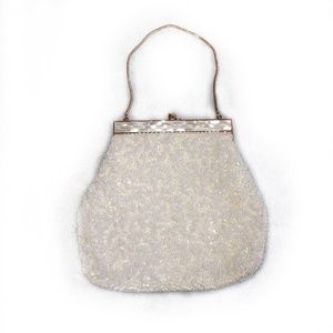 La Regale Vintage White Beaded Handbag